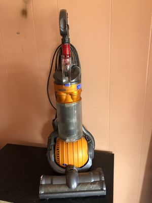 Dyson vacuum cleaner for Sale in Lawrence, MA
