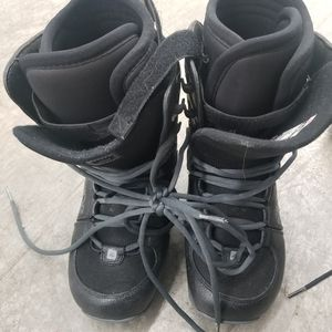 Orion Ride US men size 8 snowboard boots (will also fit women's 9 or Youth 7) for Sale in Renton, WA