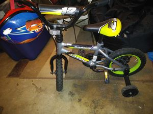 """Toddler/Kids 12"""" Huffy Bike and Helmet for Sale in Albuquerque, NM"""