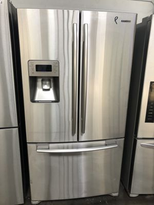 "36"" in wide sansung frige like new perfec working warranty for Sale in Passaic, NJ"
