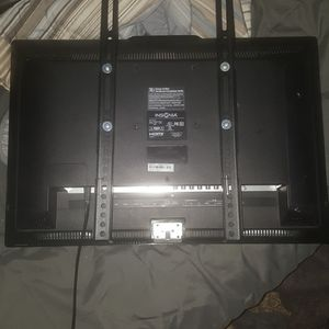Insignia 32 Inches Mount Ready for Sale in Arvada, CO