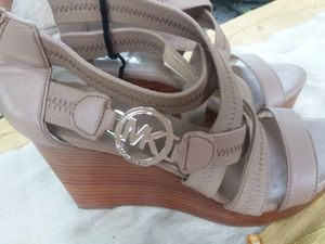 Michael Kors size 7m NEW for Sale in Wexford, PA