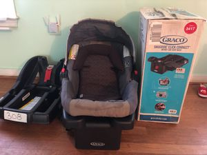Gracico infant car with 2 seat base one in box very condition for Sale in Glen Allen, VA