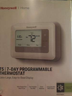 Honeywell RTH7560E thermostat for Sale in Lexington, NC