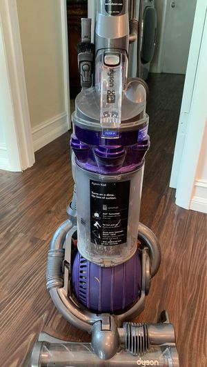 Dyson DC25 vacum cleaner. for Sale in Coral Springs, FL