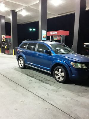 2009 dodge journey 3rd row seats runs good. for Sale in Lithonia, GA
