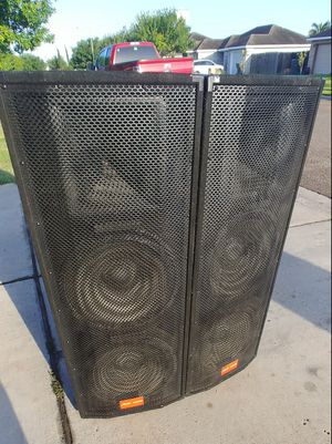 "A PAIR OF SPEAKERS PRO AUDIO 15"" GREAT CONDITION for Sale in San Juan, TX"