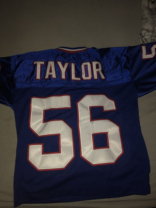 sports shoes 01722 54e5f Lawrence Taylor, New York Giants Jersey, Men S. for Sale in Boca Raton, FL  - OfferUp