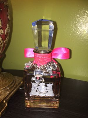 Juicy couture lala perfume for Sale in Pittsburgh, PA