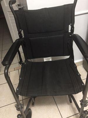 Silla nueva con cojín for Sale in Hialeah, FL