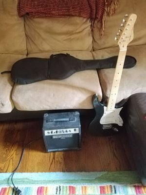 Behringer guitar with case and amp for Sale in Crofton, MD