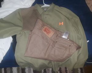 Levi's 38 size with nice shirt for Sale in Nashville, TN