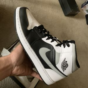 Air Jordan 1 Mid 'White Shadow' (Size 12) for Sale in Laurel, MD