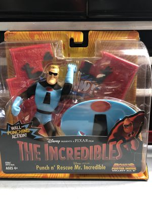 NEW! Disney Pixar The Incredibles Energy Blastin' Syndrome and Punch n' Rescue Mr. Incredible Action Figure Hasbro 2003 for Sale in Mercer Island, WA