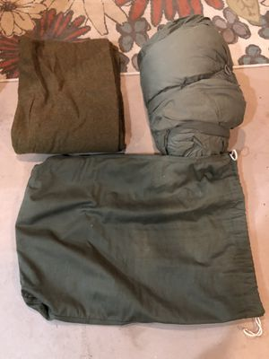 Military sleeping bag, blanket and bag for Sale in Jackson Township, NJ