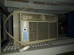 Frigidaire AC window unit for Sale in Detroit, MI