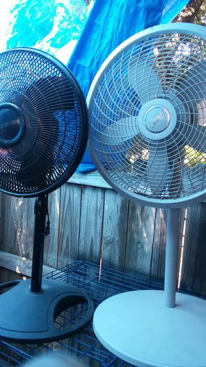 """Lasco 18"""" &16^ fans for Sale in Alamo Heights, TX"""