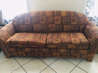 Couch With Pullout Bed No Pets for Sale in Lincoln Park,  MI