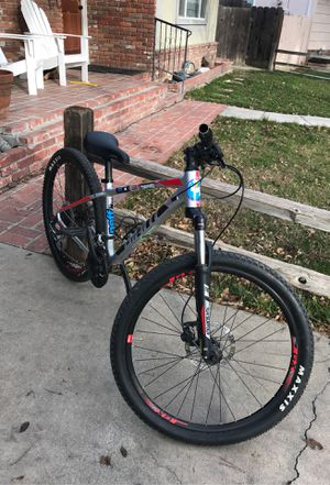 Giant bike for Sale in Modesto, CA