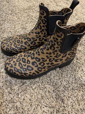Size 7 tretorn leopard rain boot for Sale in La Vista, NE