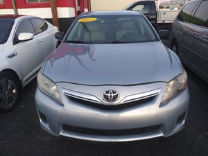 2011 TOYOTA CAMRY HYBRID/LEATHER/ 117K MILES/ REBUILT TITLE for Sale in Garland, TX