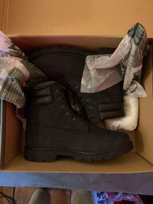 Women timbs size 9.5 for Sale in Schenectady, NY