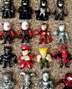 Jada Toys Metal Figures (Loose) for Sale in Hesperia,  CA