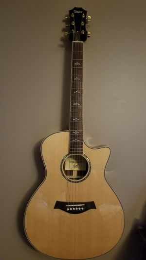 Acoustic guitar for Sale in Wantagh, NY