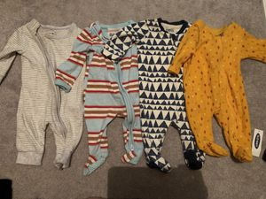 Newborn baby boy clothes bundle for Sale in Los Angeles, CA