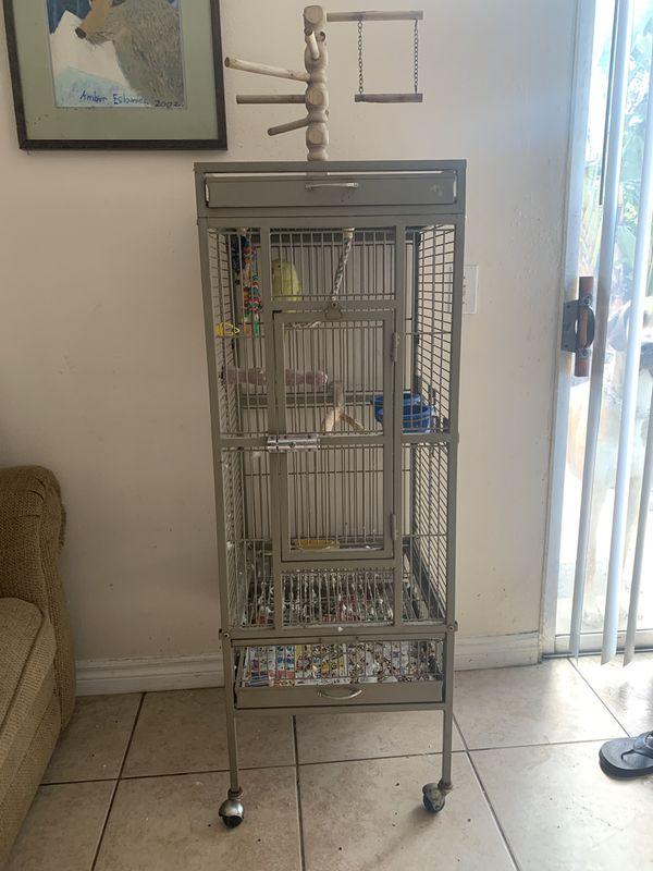 Parrot cage. *BIRD NOT INCLUDED*