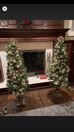 Set of 2 NEW Christmas trees. w/ gold planter for indoor/ outdoor decoration for Sale in Los Angeles, CA