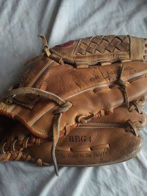 Rawlings baseball or softball glove 12 3/4 inch for Sale in Buena Park, CA