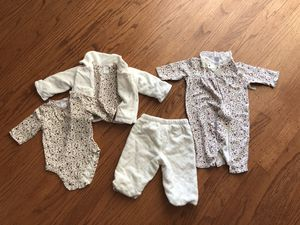 0-3 months baby girl set plus purple overall for Sale in Newark, CA