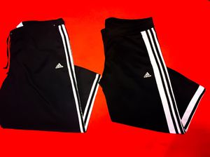 2 Pair Of Women's ADIDAS Lightweight Pants, XXL for Sale in Las Vegas, NV