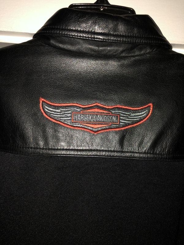 Harley-Davidson's Women's Leather Riding Jacket *I have other offers posted.