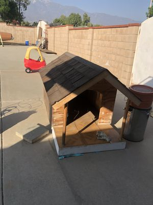 Dog house for Sale in Rancho Cucamonga, CA
