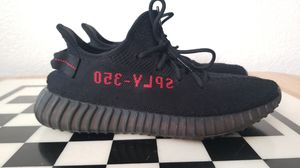 Adidas Yeezy Boost 350 V2... yes they are authentic dont waste my time!! I dont have the box. for Sale in Moreno Valley, CA