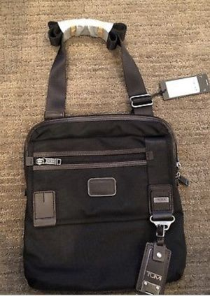 Tumi sling pack for Sale in San Diego, CA