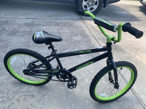 "Bike 20""kid needs new tire for Sale in Cypress, TX"