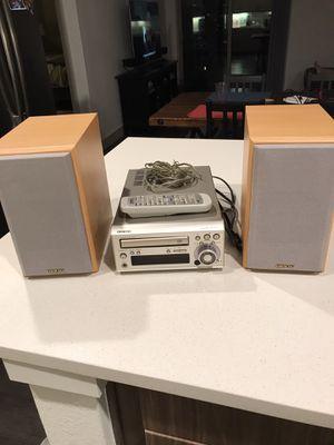 Onkyo CR-305X Amplifier / Mini Bookshelf Stero System for Sale in Littleton, CO
