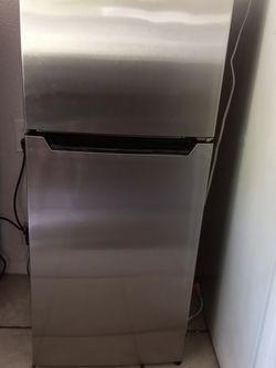 Mini Fridge for Sale in Rialto,  CA