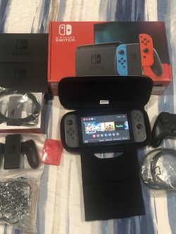 Nintendo Switch V2 Bundle 300$ STEAL for Sale in Boca Raton,  FL