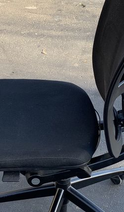 Haworth Zody Rolling Task Chair for Sale in Anaheim,  CA