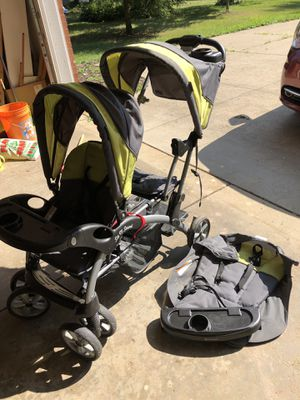 Baby Trend Sit n Stand Double Stroller for Sale in Akron, OH