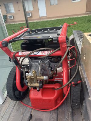 Predator power washing machine 3100 psi use the five times for Sale in Bluffton, SC
