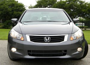 Full Price $1200_Honda_Accord_EX-L_Sedan_URGENT!!! for Sale in Wichita, KS