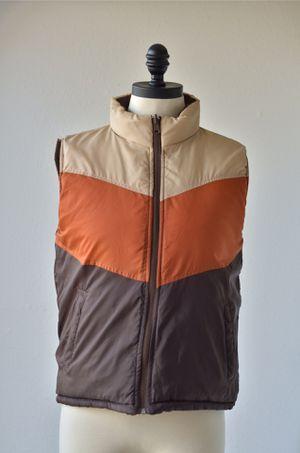 70s Vintage Brown Khaki Orange Reversible Puffer Ski Vest by Stitch Trend Tan Vest, Nylon Waterproof Poly Filling, Chevron Stripes, Pockets for Sale in San Diego, CA