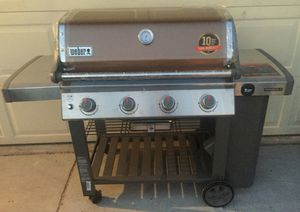 Weber Genesis II E-410 Grill BBQ Barbecue LP Propane Gas unused newly assembled for Sale in Las Vegas, NV