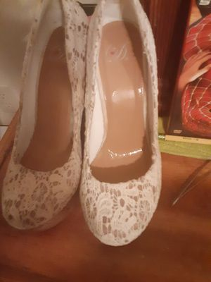 Women 8 1/2 heels for Sale in Jacksonville, FL