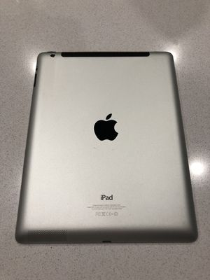 Apple iPad 4th Generation 32gb WiFi and AT&T cellular with purple case for Sale in Black Diamond, WA
